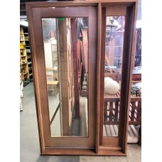 Door with sidelight $790